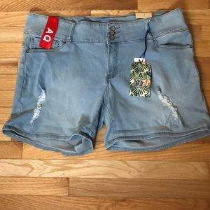 Women's Distressed Soft Jean Shorts size 22